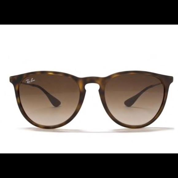 29ae110e04786 Ray-Ban Erika Tortoise Havana Sunglasses EUC. M 5c3b8c70534ef95213e014bd